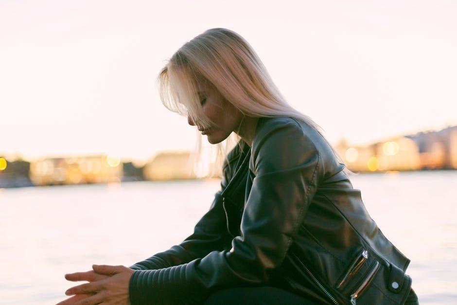 modna kurtka damska - zdjęcie